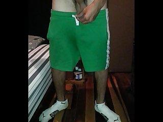 Mi amigo hetero ernesto me muestra su picha