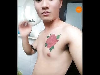 Boy Viet Nam live blued