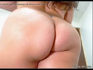 Bbw close up of ass and hairy pussy