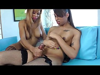 Amateur black tgirl wanks until she cums
