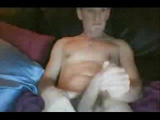 Mi primo se la jala por webcam