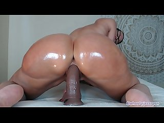Hot milf jess ryan rides bbc
