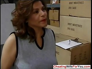 Mature latina likes to get facial