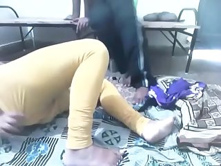 Sucking indian girlfriend mms part 1