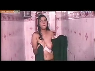 Hot Aunty nude shower