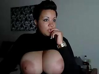 Black marilyn monroe shows tits on webcam show more videos on dslwebcam com