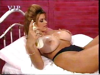 Nikki Knockers strip