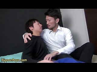 Japanese dude sucks cock