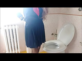 forbidden video: my aunt is spied in the privacy of her bathroom