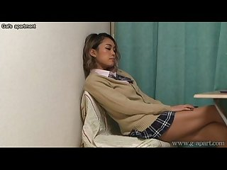 Voyeuring the panties of japanese schoolgirl from under the desk