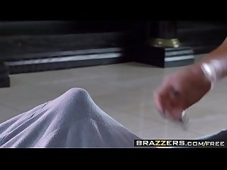 Brazzers brazzers exxtra peta jensen and levi cash yoga for perverts