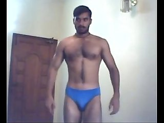 Indian builder shows full nude body