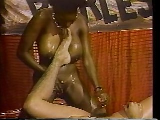 Ebony ayes kiss thy mistress feet
