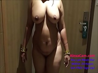 indian desi wife aunty sexy show 720p