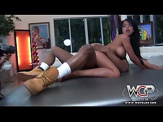 WCP CLUB Incredible Squirting Ebony