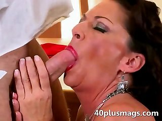 Brutal housewife sucking youger dick