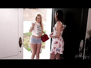 I like girls who like girls! - Samantha Rone and Georgia Jones