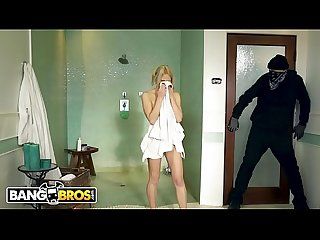 BANGBROS - Young Blonde Khloe Kapri Gets Destroyed By Vlad The Impaler