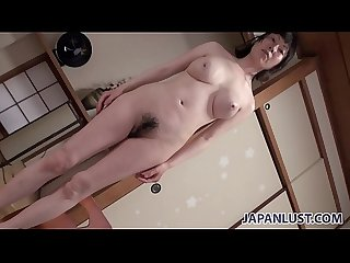 Hot body Japanese cougar wants sex and creampie