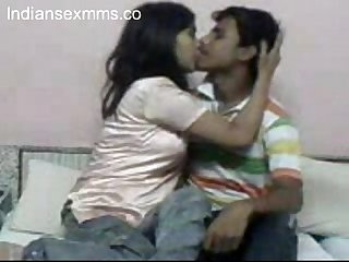 Indian lovers hardcore sex scandal www indiansexmms co
