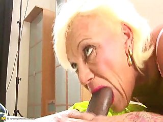 Aged mature sucking younger cock