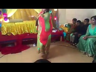 Bangladeshi NSU Busty Girl Tamanna Hot Dance Video