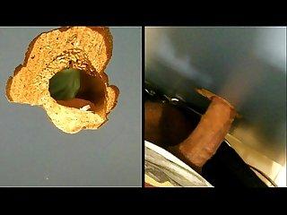 Sexo oral por glory hole cromtico