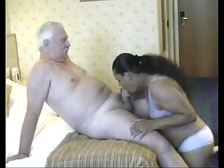 Old man licks and fucks a busty BBW-www.yourubb.com