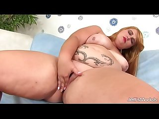 Thick girl Tiffany Star uses sex toys