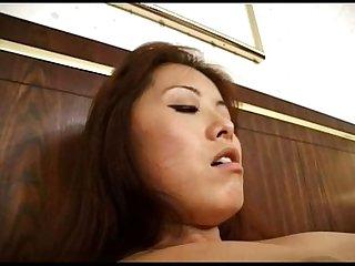 فوجيكو كانو - اليابانية الشبقية الملف