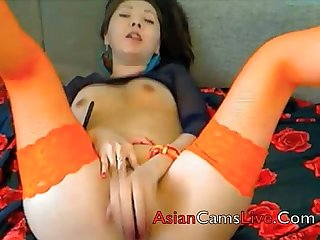 Asian Girls from Asianwebcamgirls.net sex chat shows masterbate