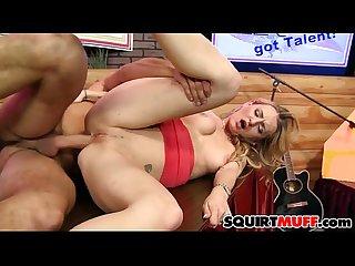Natasha Starr squirting pussy