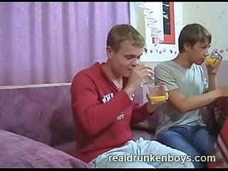 Realdrunkenboys share drinks and cum xvid