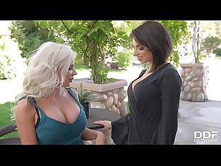 Big titty vixen fuck off with savannah stevens darcie dolce