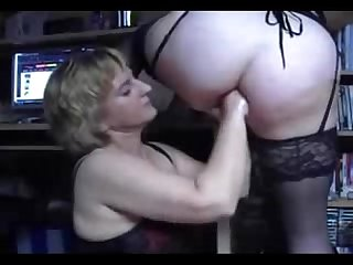 Submissive mature lesbian anal fisted real amateur