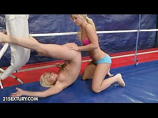 Nude fight club presents kelly cat vs lisa