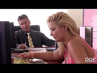 Threesome action at the office with Minnie manga and Lana