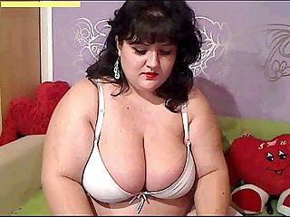bbw dancing webcam big tits big ass
