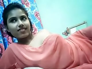 Cute desi girl boobs show on cam indiansexmms co