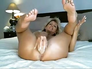 Artistacb blogspot com control vibro hottest milf ever toys ass on cam