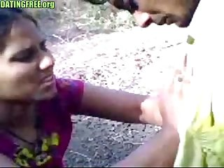 Indian amateur lovers public sex dating-100p
