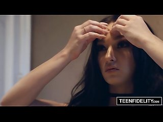 Teenfidelity 19 year old crystal rae hard fucking creampie