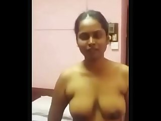 Indian Bhabhi Sucking Dick Leaked Scandal Hot