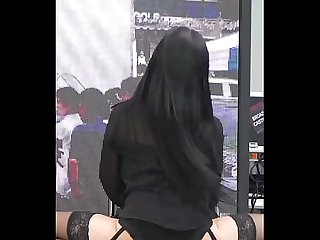 KOREAN GIRL DANCING