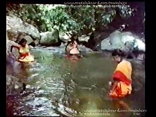 Chaara valayam movie with 3 zabardasti lpar Force rpar adivasi topless scenes