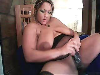 Big tits samm phoenix says give me the squirts honeyoncam com
