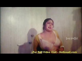 Busty bhabi boob show indian