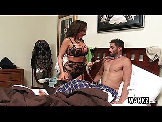 Wankz balls deep in stepmom