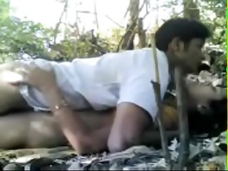 Desi cute village teen fucked in outdoor by lover