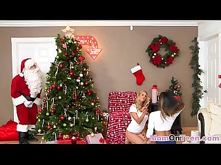 Christmas sexy gift came late with greedy blonde mom teaching teen oral worsh8-1